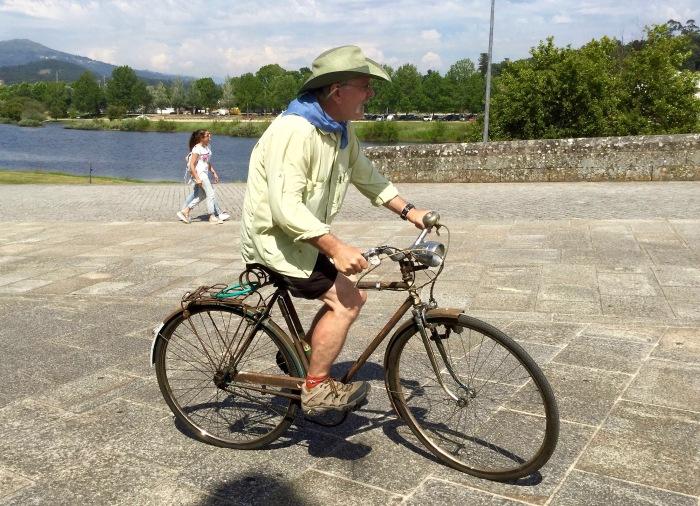 Biking Pointe De Lima